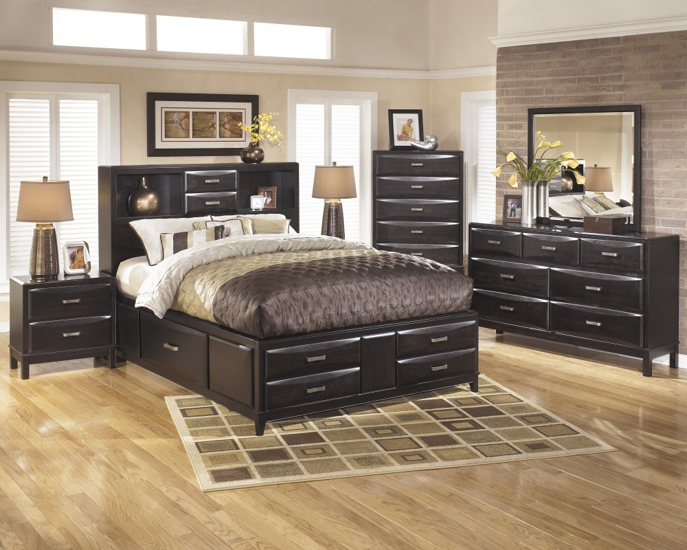 Kira 5 Pc. Bedroom   Dresser, Mirror U0026 Queen Bed With Storage