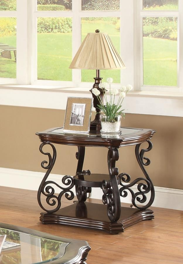 LIVING ROOM :TRADITIONAL OCCASIONAL TABLES - Occasional Traditional Dark  Brown End Table