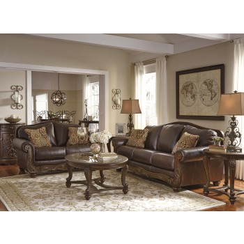 Mellwood - Walnut - Sofa & Loveseat