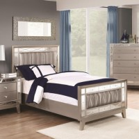 LEIGHTON COLLECTION - Leighton Contemporary Metallic Full Bed