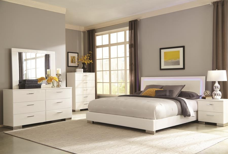 Felicity Collection - Felicity Contemporary White and High Gloss California King Bed