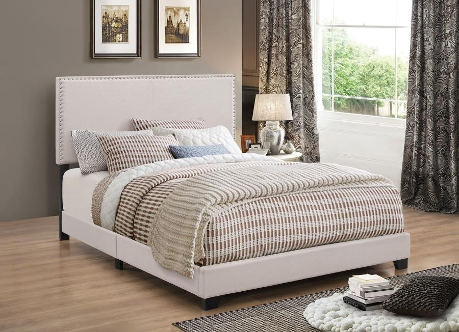 BOYD UPHOLSTERED BED - Boyd Upholstered Ivory Queen Bed