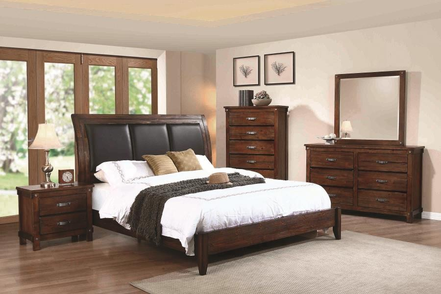 NOBLE COLLECTION - Noble Rustic Oak Queen Panel Bed