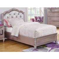 CAROLINE COLLECTION - Caroline Metallic Lilac Full Bed
