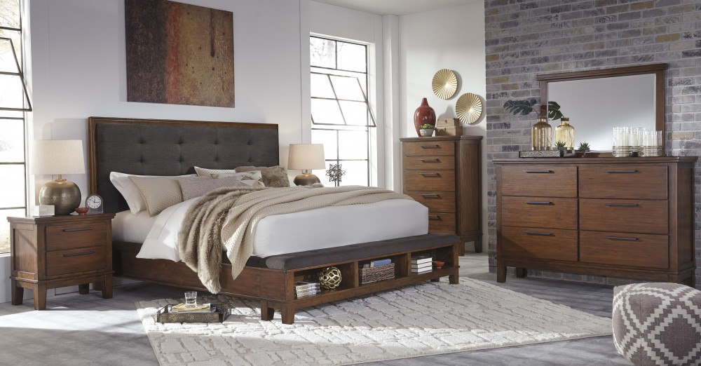 Ralene 5 Pc. Bedroom - Dresser, Mirror & Queen UPH Bed with Storage