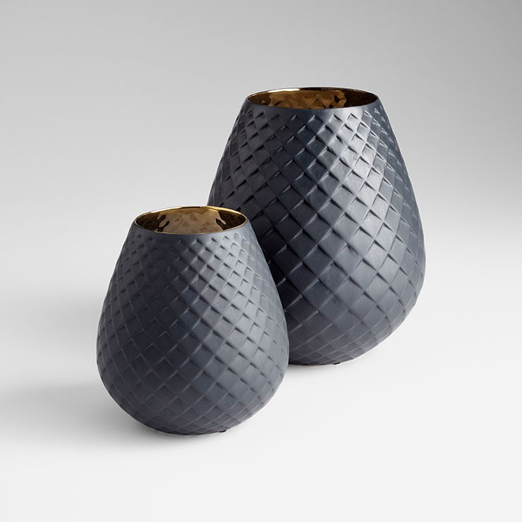 Small Pinapod Vase Gold And Black Accessory Item At Hom