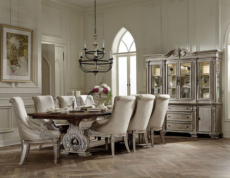Orleans II 7pc Dining Room Group