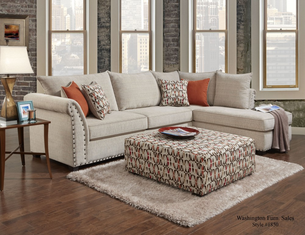 Attirant 1850 Patton Beige Sectional