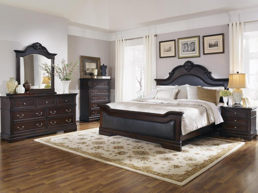 Cambridge Traditional Dark Brown Queen Four-Piece Set