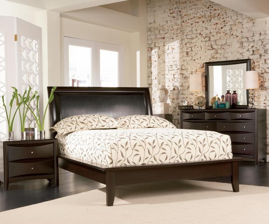 Genial Phoenix Deep Cappuccino Queen Five Piece Bedroom Set