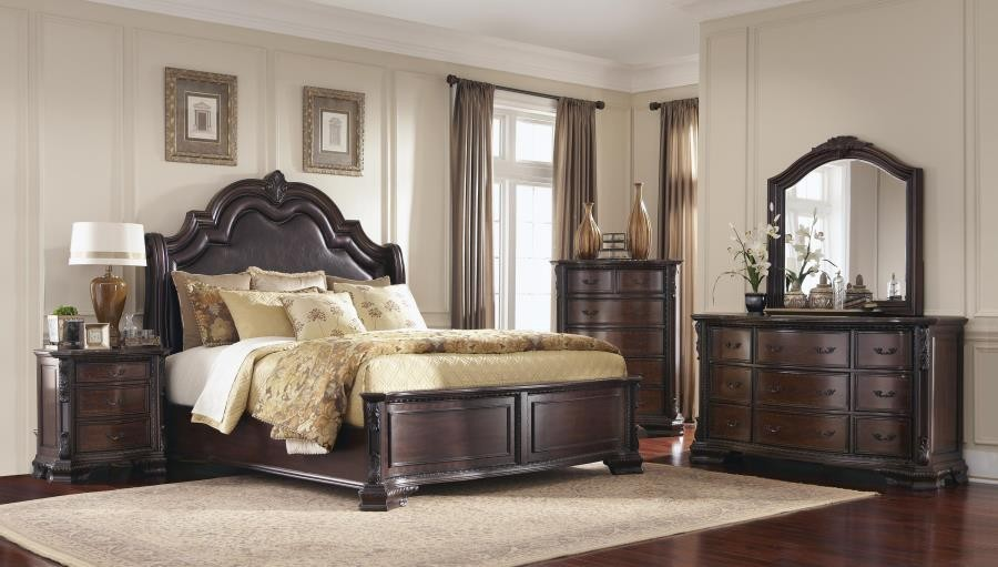 Maddison Brown Cherry Queen Four Piece Bedroom Set