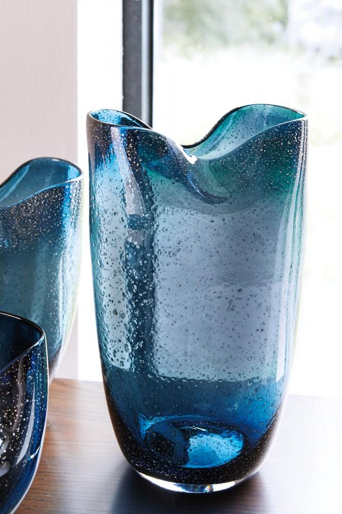 Didrika Blue Vase A2000239v Vases Berger Interiors