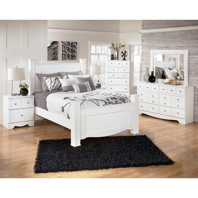 Shay Bedroom Set in white