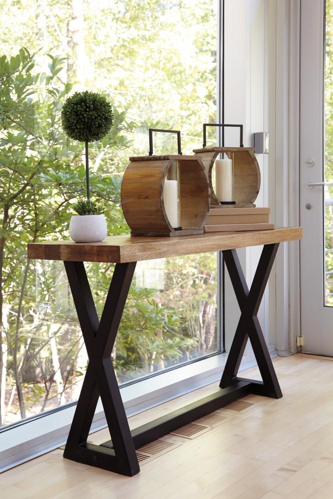 Wesling - Sofa Table