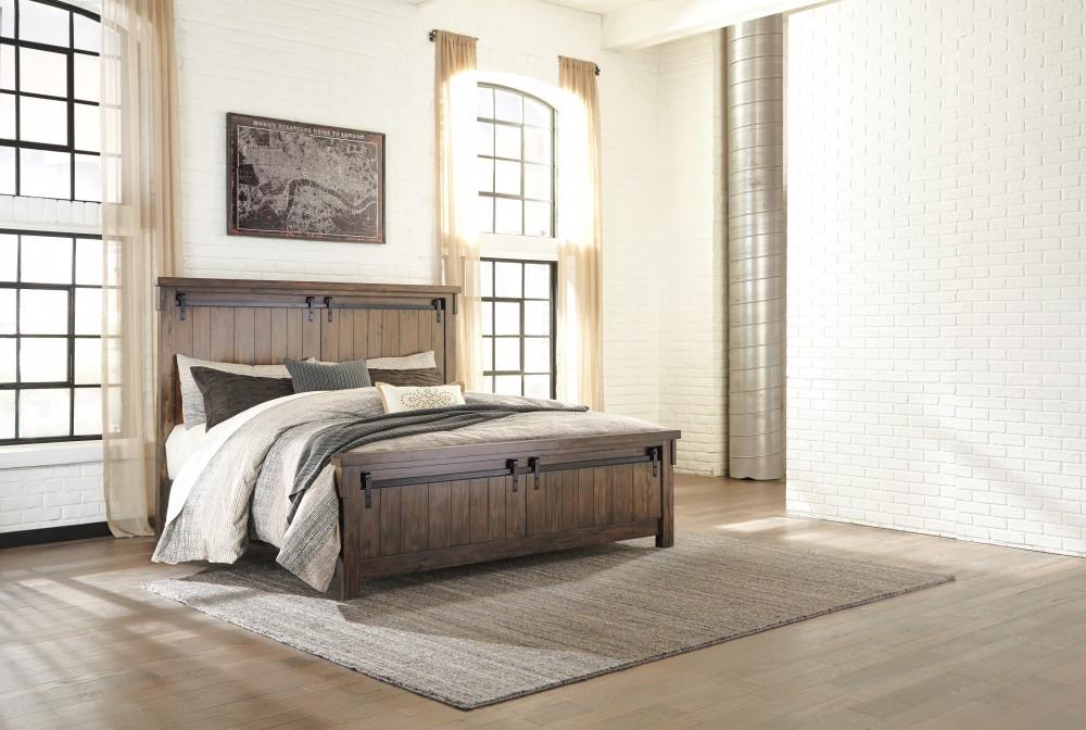 Lakeleigh Queen Panel Bed