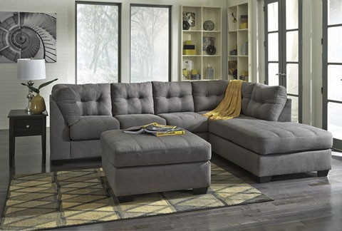 45200 Maier Charcoal  2 pc Sectional