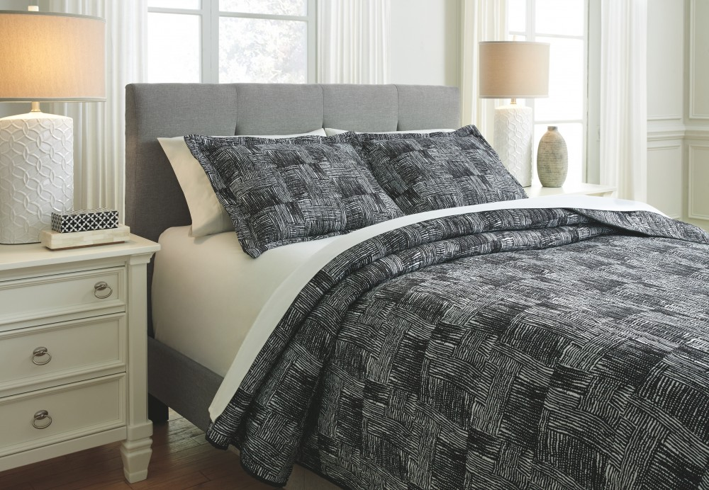 Jabesh - Black - King Quilt Set