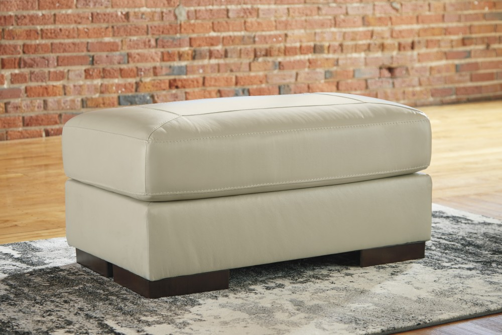 Fabulous Islebrook Vanilla Ottoman 1520414 Leather Ottomans Spiritservingveterans Wood Chair Design Ideas Spiritservingveteransorg