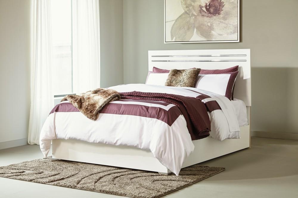 Brillaney Queen Panel Bed