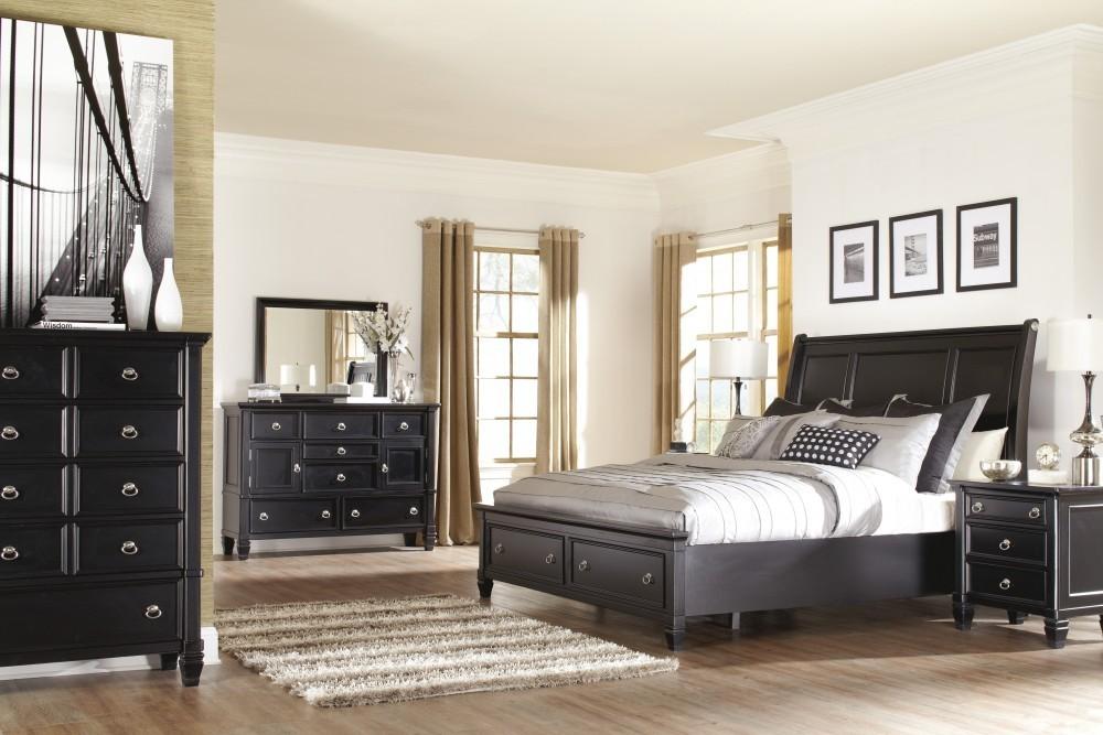 Greensburg 5 Pc. Bedroom - Dresser, Mirror & Queen Sleigh Bed with Storage