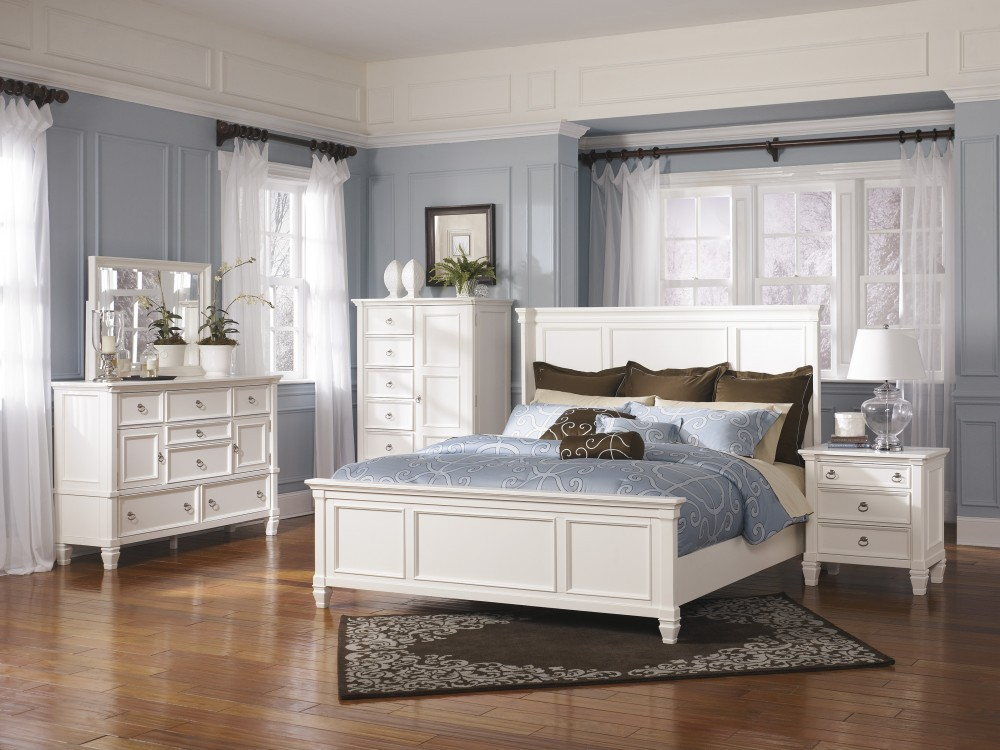 Prentice 5 Pc. Bedroom - Dresser, Mirror & Queen Panel Bed
