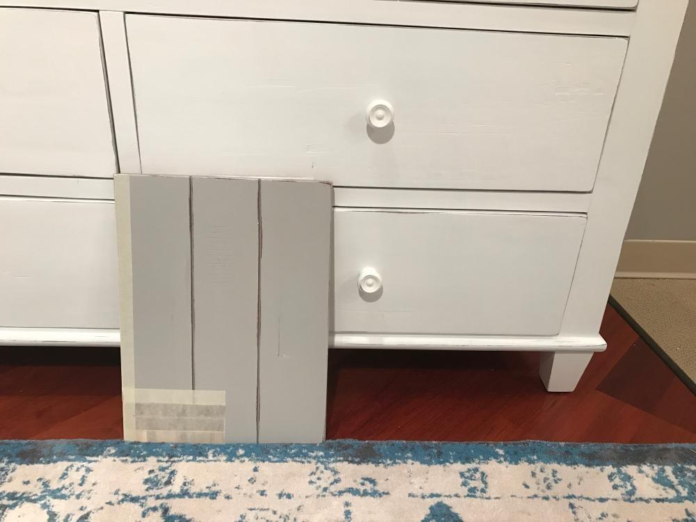 Chesapeake dove 4 piece king bedroom set bed dresser for Pruitts bedroom sets