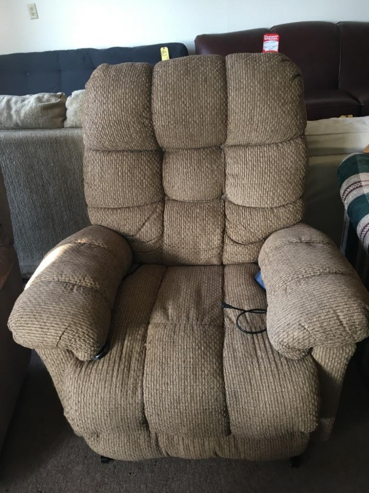 Tan Lift Chair