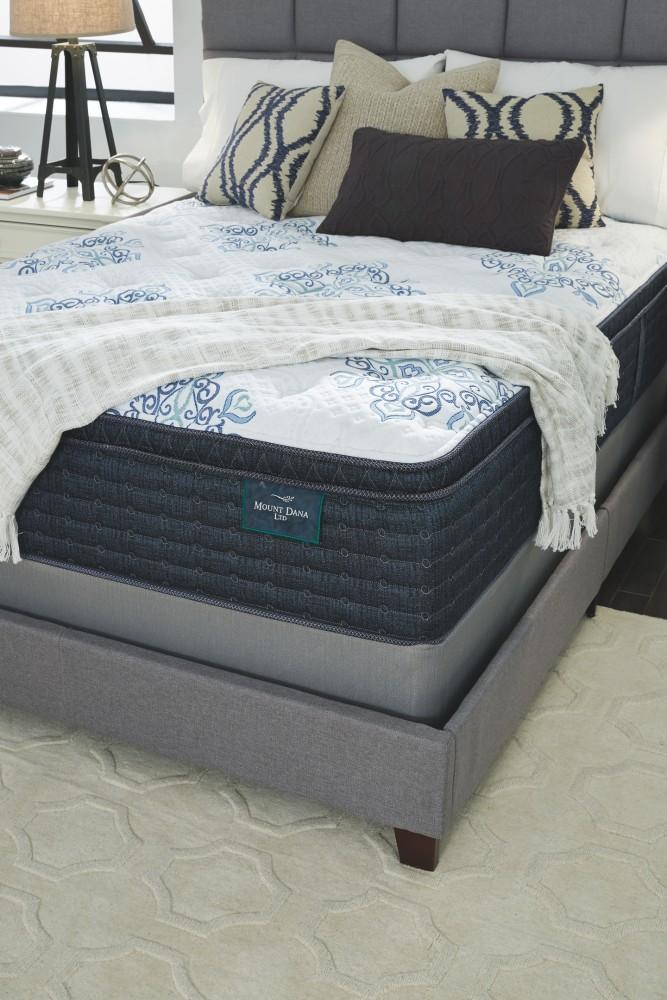 Mt dana euro top white queen mattress pillow top for Pruitts bedroom sets
