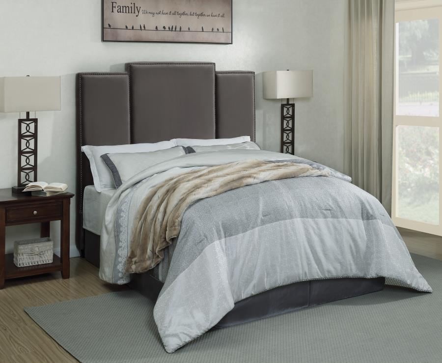 eastern king bed 300795ke complete bed sets price busters furniture. Black Bedroom Furniture Sets. Home Design Ideas