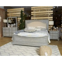 Marleny - Gray/Whitewash - Queen Panel Footboard