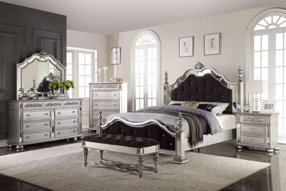 Charmant Hayden Silver Bedroom Group