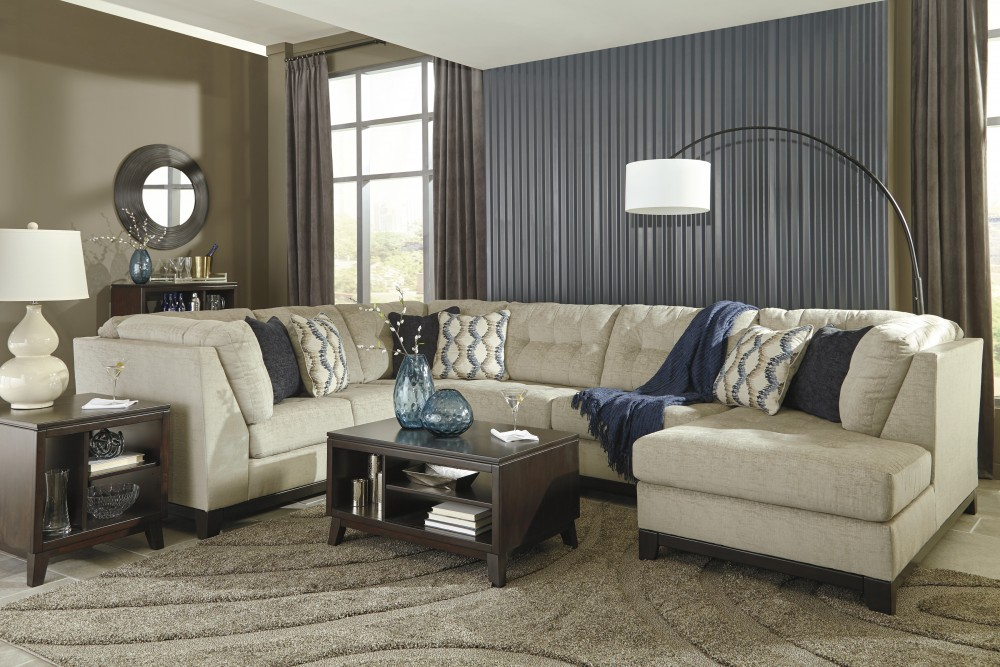 Beckendorf - Chalk 3 Pc. LAF Sofa Sectional
