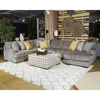 94802 Fallsworth sectional with chaise