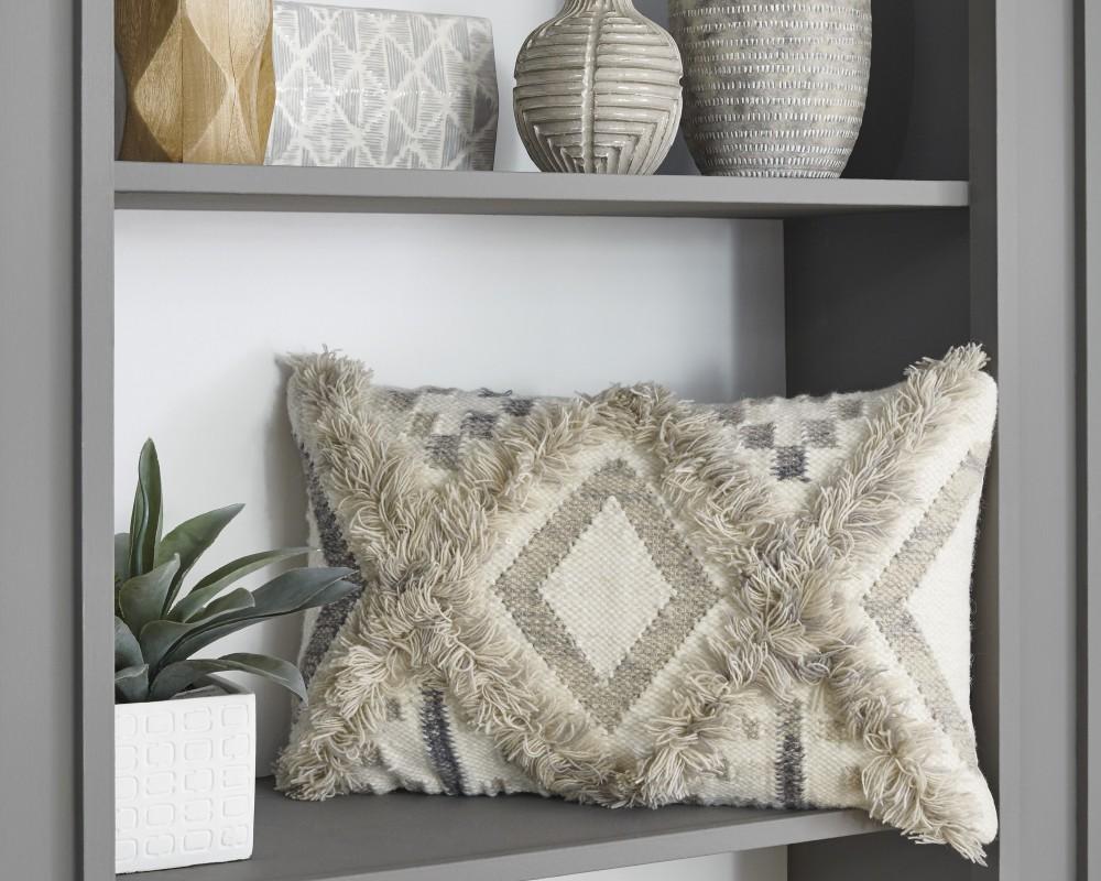 Liviah - Natural - Pillow