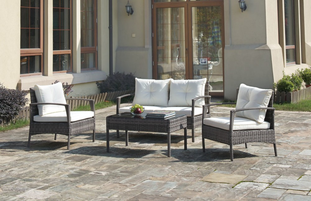 4 pc wicker outdoor patio set with padded cushions