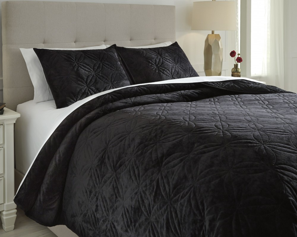 Linette - Black - King Quilt Set