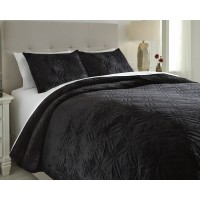 Linette - Black - Queen Quilt Set
