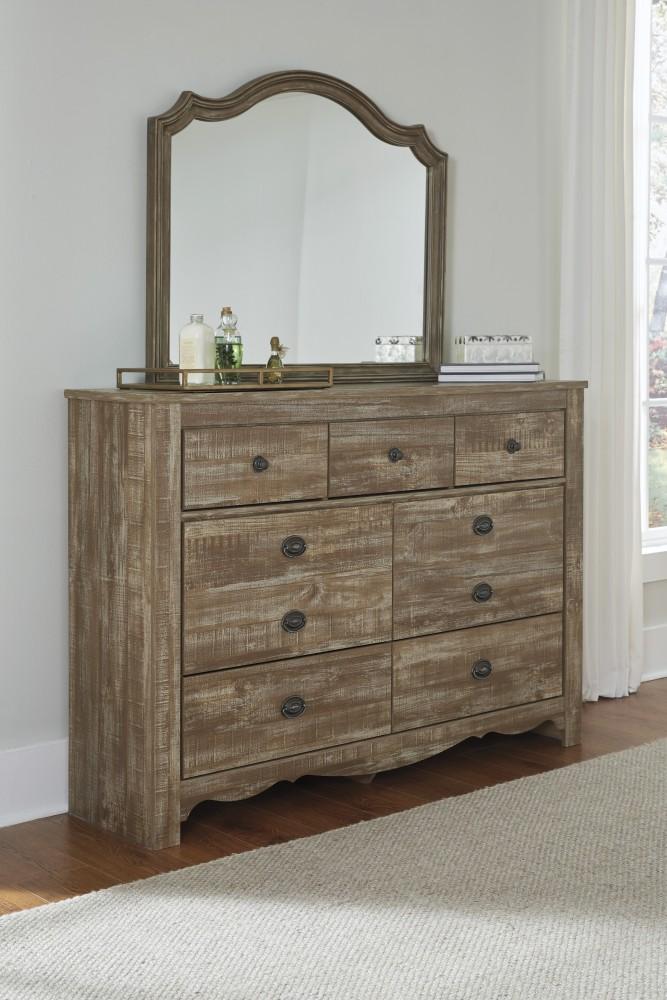 Shellington - Caramel - Bedroom Mirror