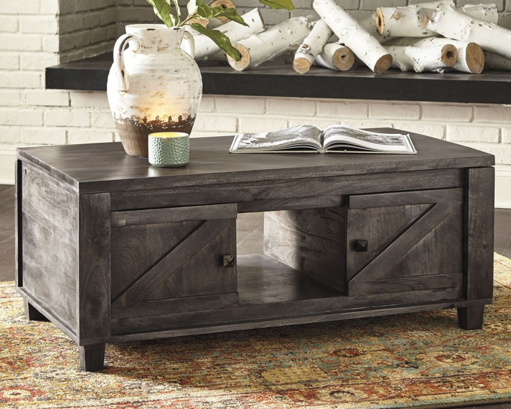 Chaseburg Light Brown Lift Top Cocktail Table T848 9