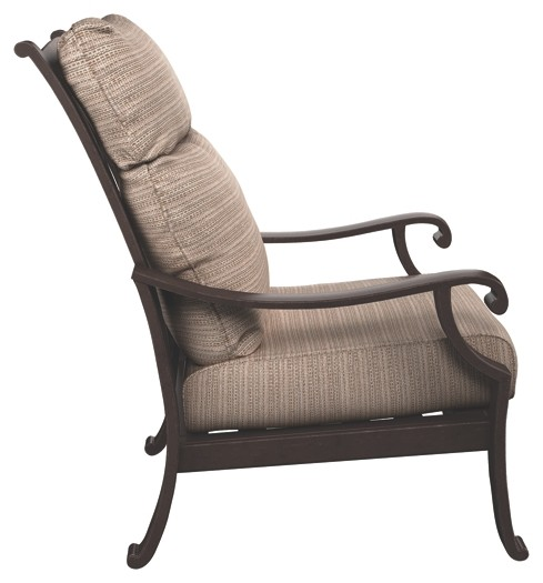 Chestnut Ridge - Brown - Lounge Chair w/Cushion (1/CN)
