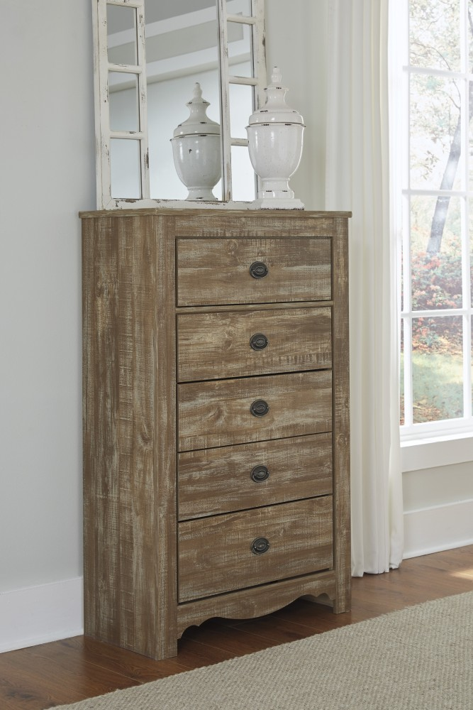 Shellington - Caramel - Five Drawer Chest