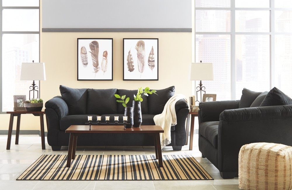 Darcy black loveseat love seats pruitt 39 s fine for Pruitts bedroom sets