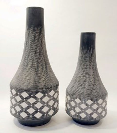 Dornitilla - Black/White - Vase Set (2/CN)
