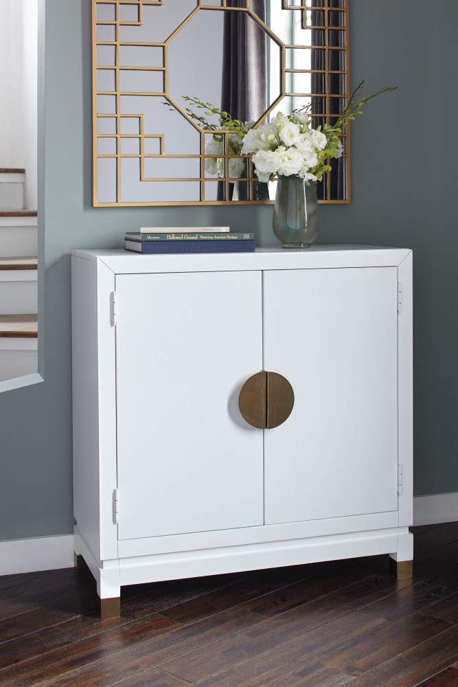 Genial Walentin   White   Accent Cabinet