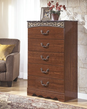 Fairbrooks Estate Chest B105 46 Bedroom Chests
