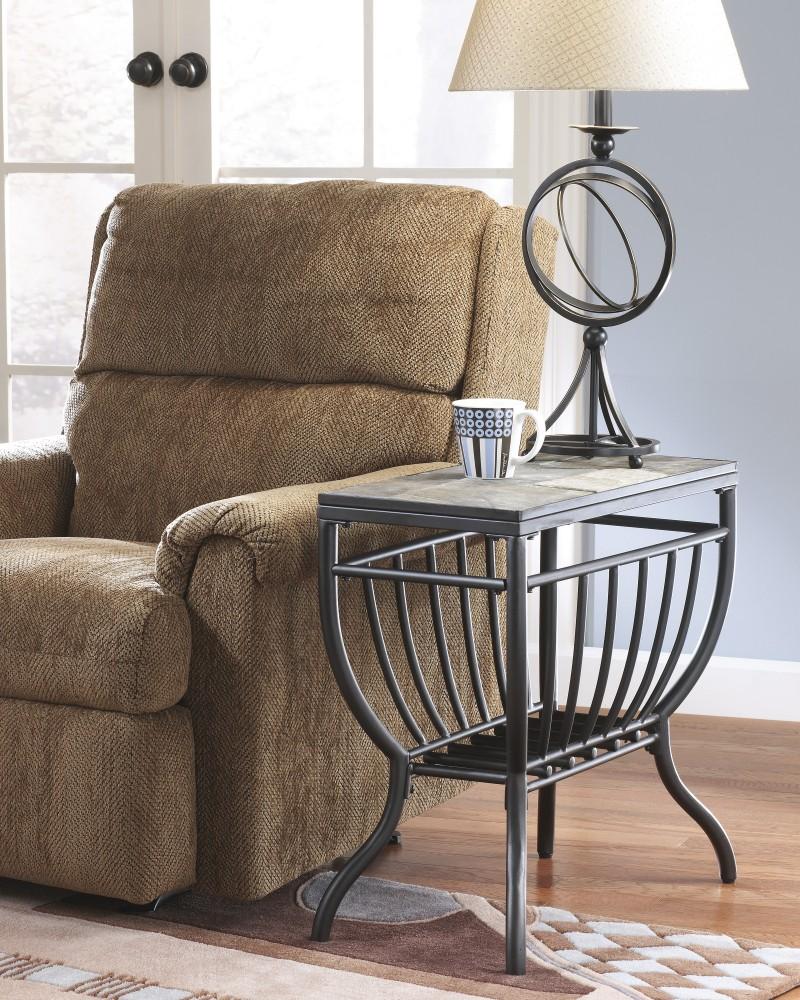 Antigo - Chair Side End Table