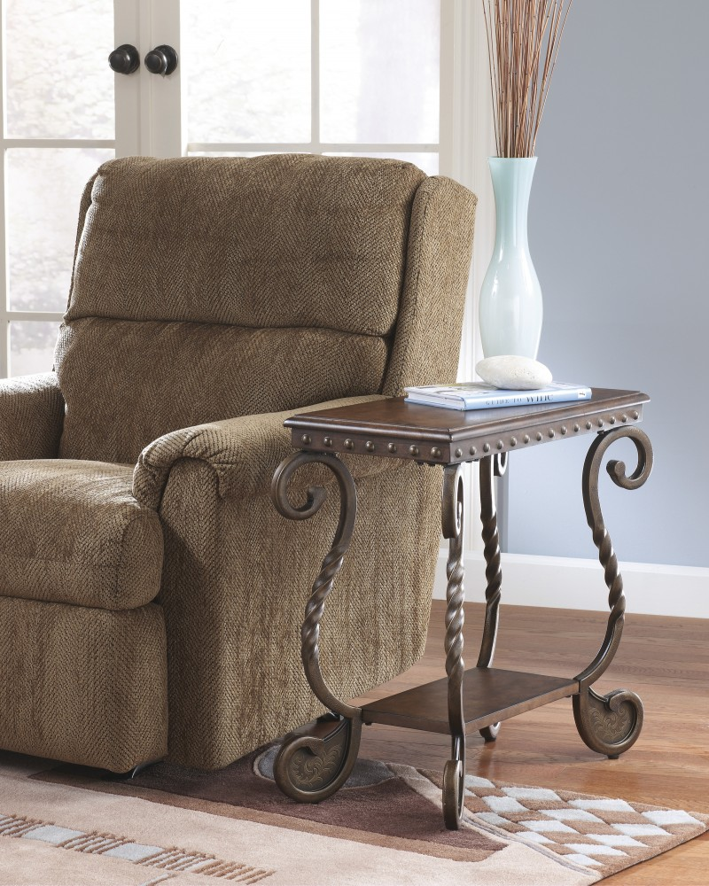 https://s3.amazonaws.com/furniture.retailcatalog.us/products/35971/large/rafferty-chair-side-end-table.jpg