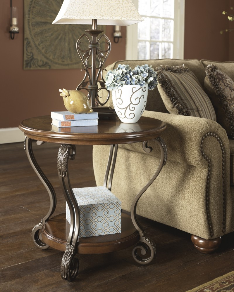 Nestor - Round End Table