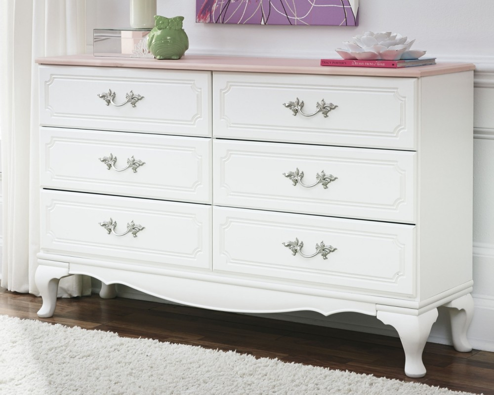 Laddi Dresser