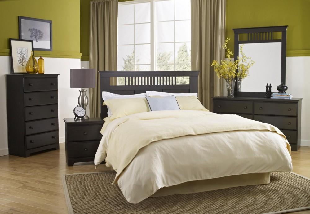 Washburn Queen/Full 4 Piece Bedroom Set